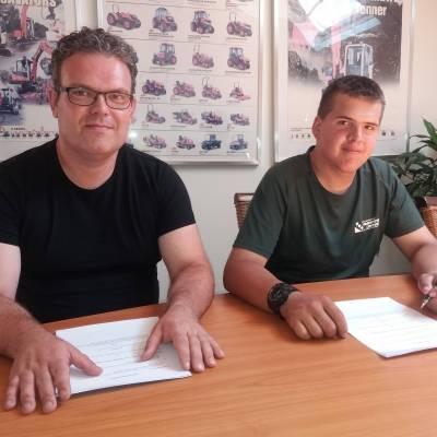 Max tekent contract bij Groentotaal